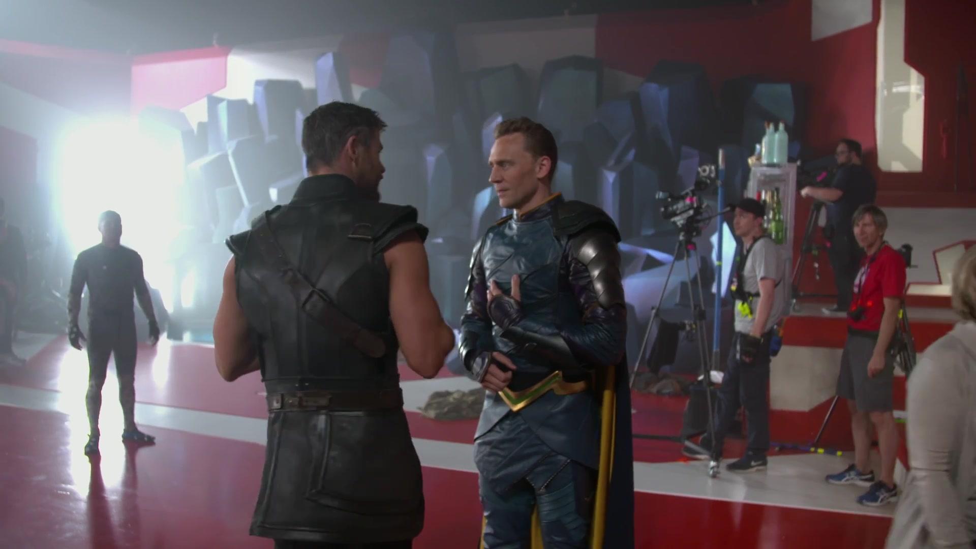 (Thor: Ragnarok) Behind The Scenes Look Video