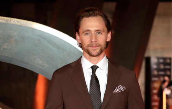 Tom attends a preview screening of Loki in London, plus brings a surprise for those attending the event in London and LA